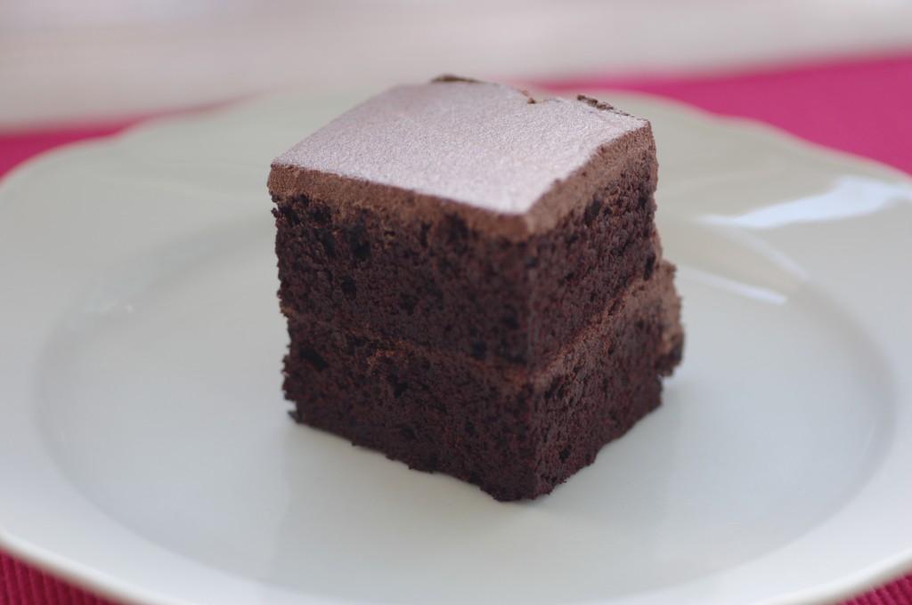 schokoladenkuchen tierfrei dillspitzen. Black Bedroom Furniture Sets. Home Design Ideas
